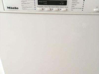 Lave vaisselle Miele G1344SC.
