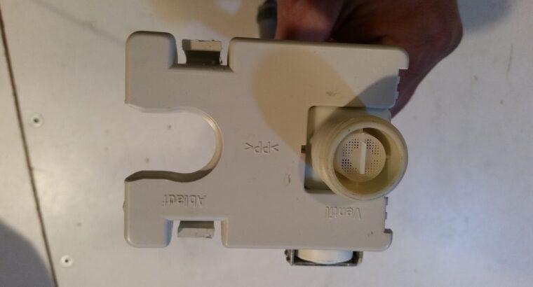 électrovanne entrée d'eau ADP 6638 IX