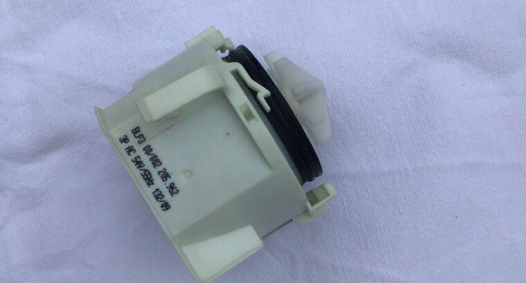 Pompe de vidange lave vaisselle Bosch SMI63MO2EU